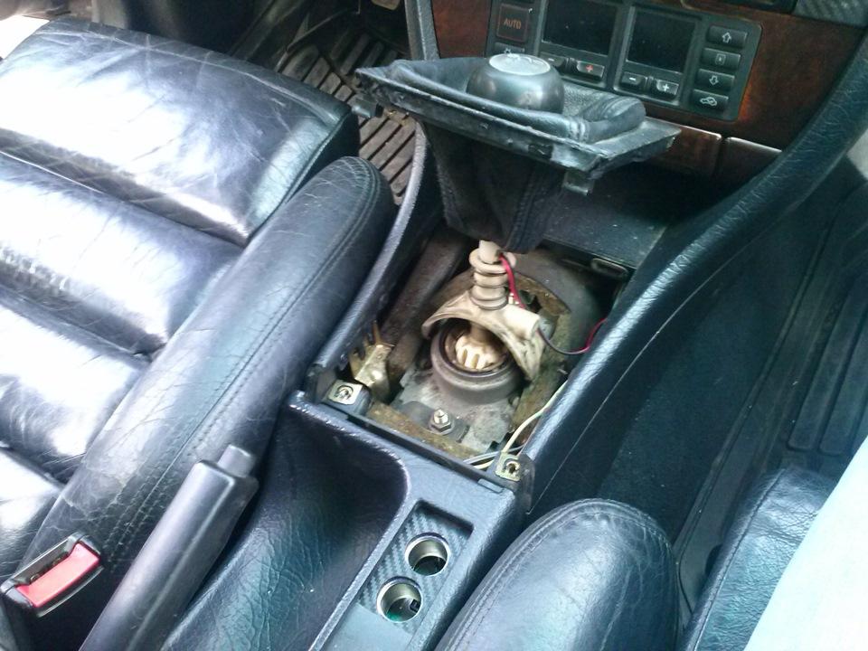 Сервис Audi замена радиатора печки.